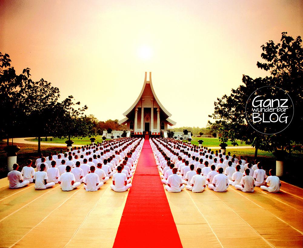 Einfach mal rumsitzen! Was passiert bei Meditation im Gehirn?