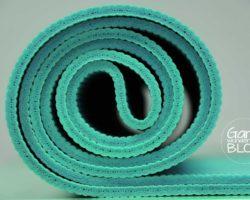 Yogamatte oder Fitnessmatte? Wo liegen die Unterschiede?