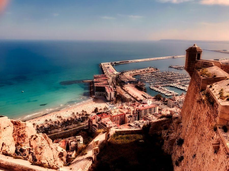 Neujahr Yoga Urlaub in Alicante Spanien